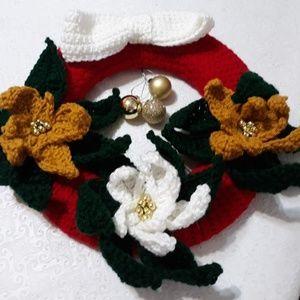 Other - Handmade crochet holiday wreath